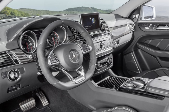Mercedes AMG GLE 63 Coupe 2016 interior