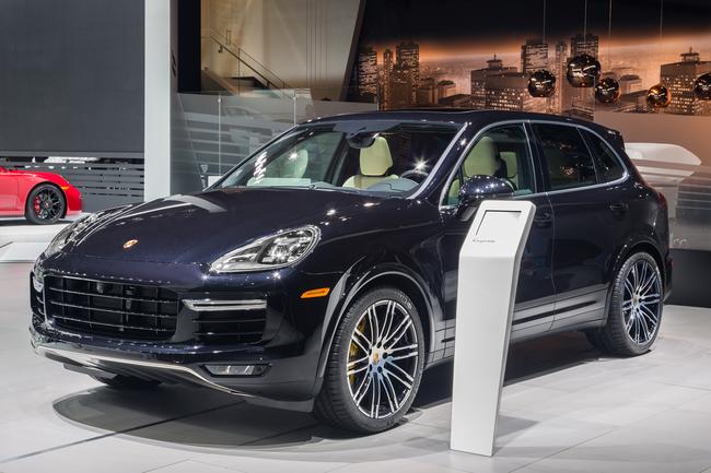 Porsche Cayenne Turbo S 2015 04