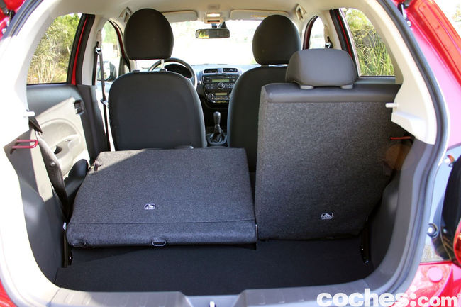 Prueba Mitsubishi Space Star 2014 interior 4