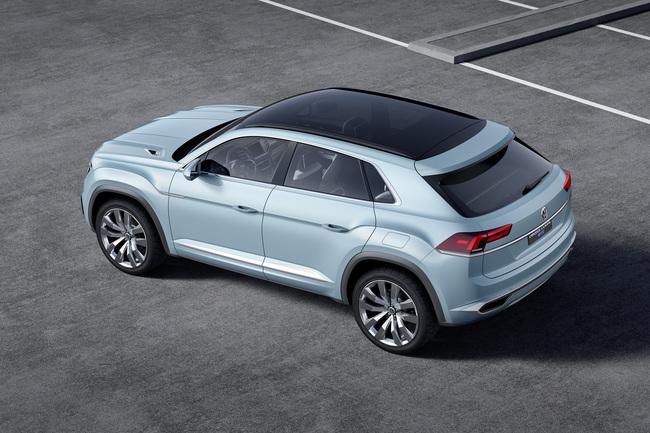 Volkswagen Cross Coupe GTE Concept 2015 10