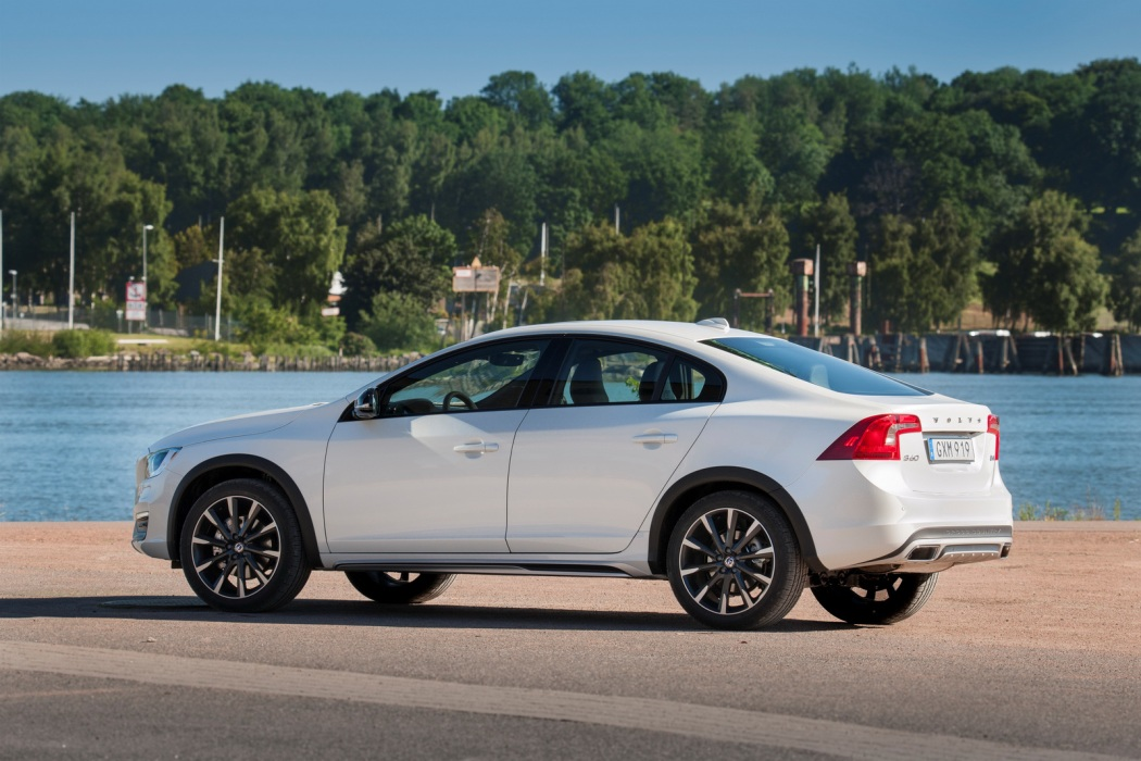 Volvo S60 Cross Country – model year 2016, exterior