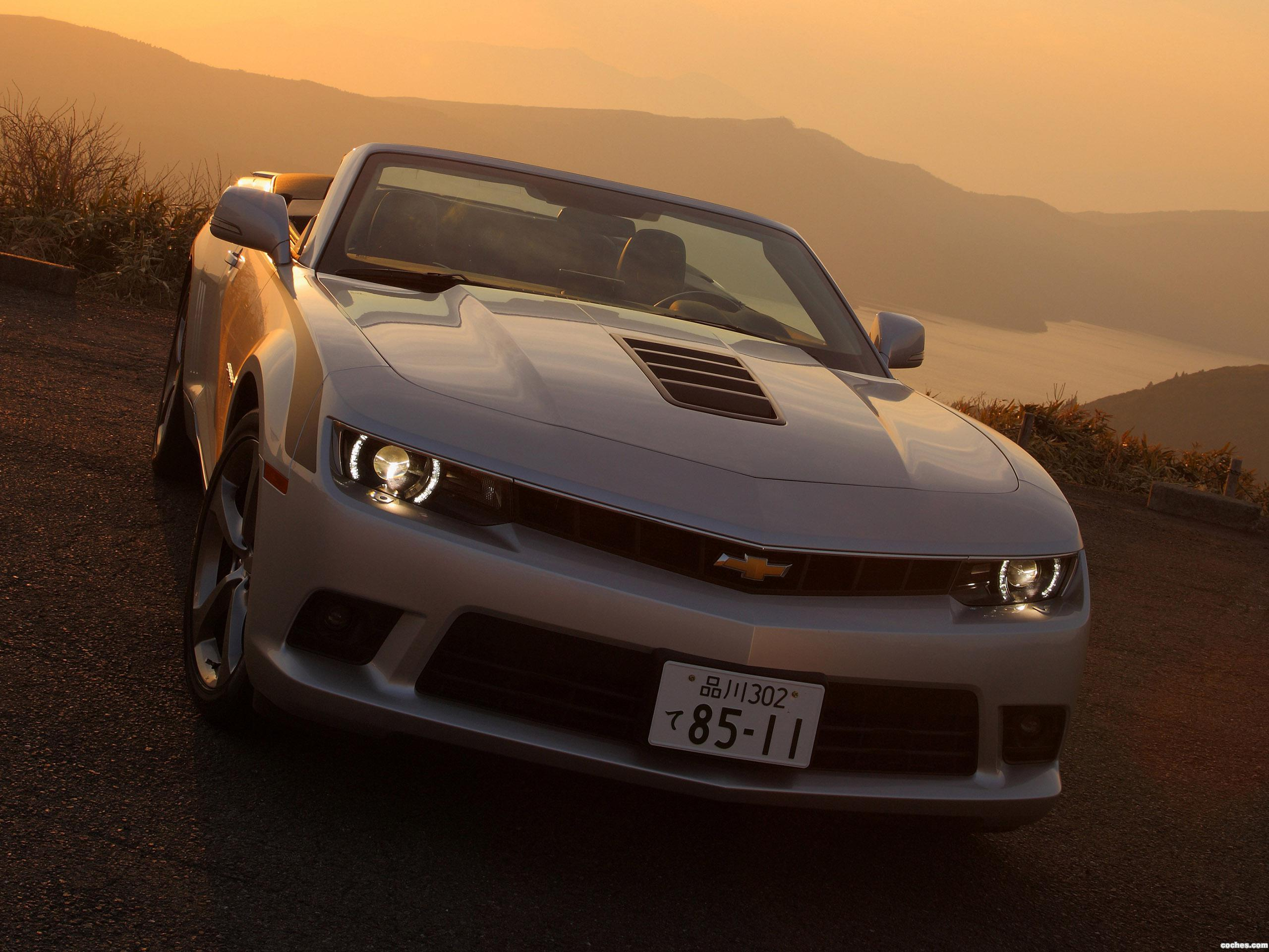 chevrolet_camaro-lt-rs-convertible-japan-2013_r18