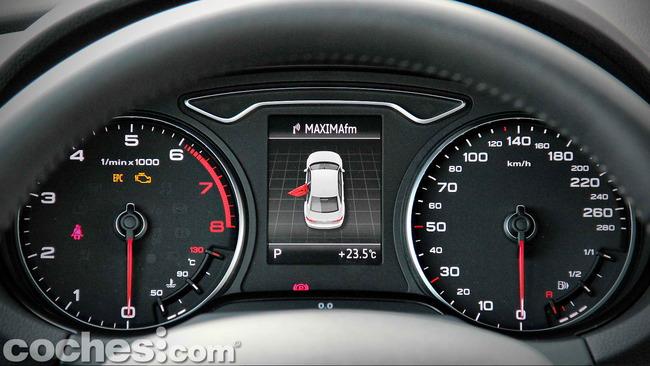 Audi_A3_Sedán_041