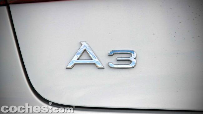 Audi_A3_Sedán_057