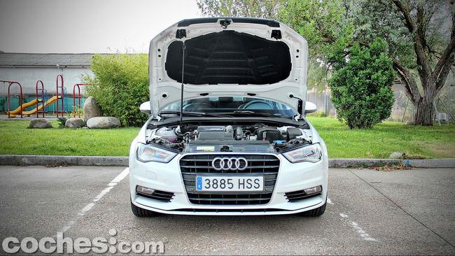 Audi_A3_Sedán_063