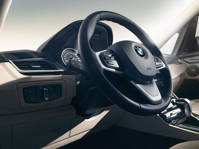 BMW Serie 2 Gran Tourer 2015 interior  11