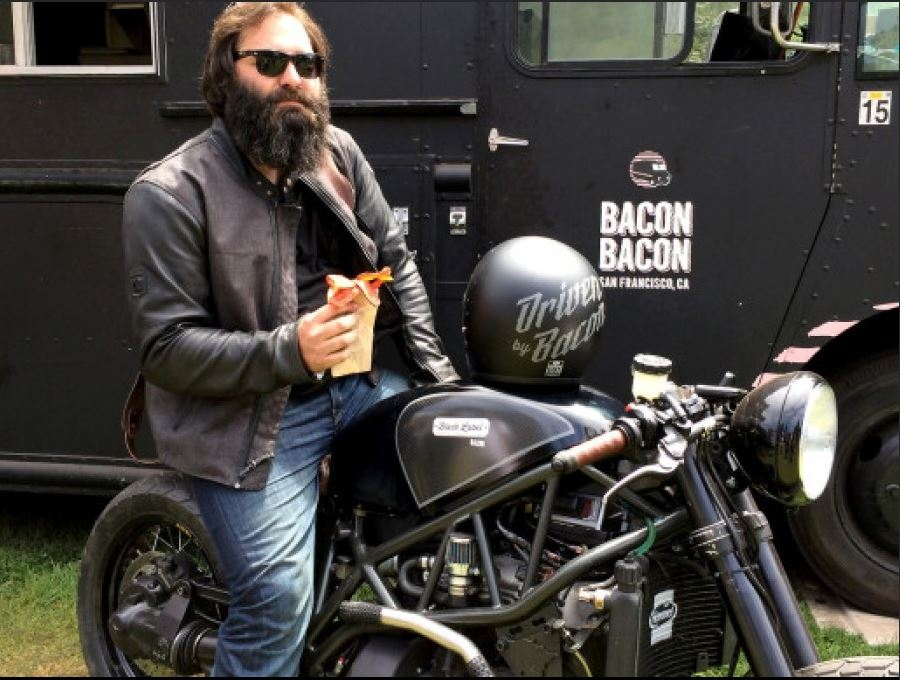 moto que funciona con bacon
