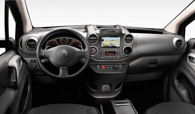 Citroen Berlingo 2015 interior 01