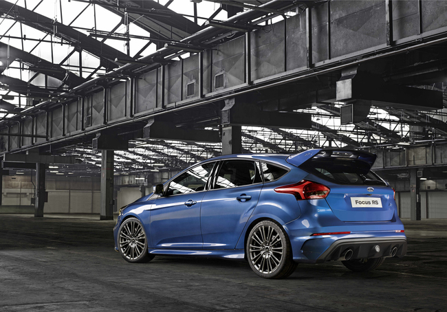 Ford Focus RS 2015 02