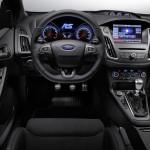 Ford Focus RS 2015 interior 02