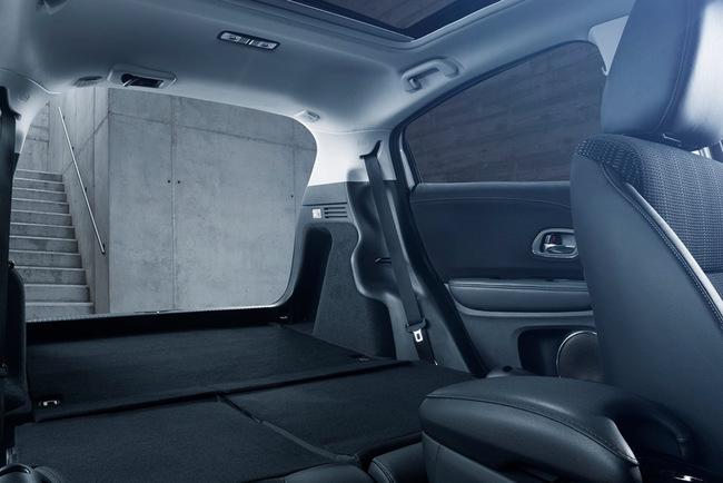 Honda HR-V 2015 interior 06