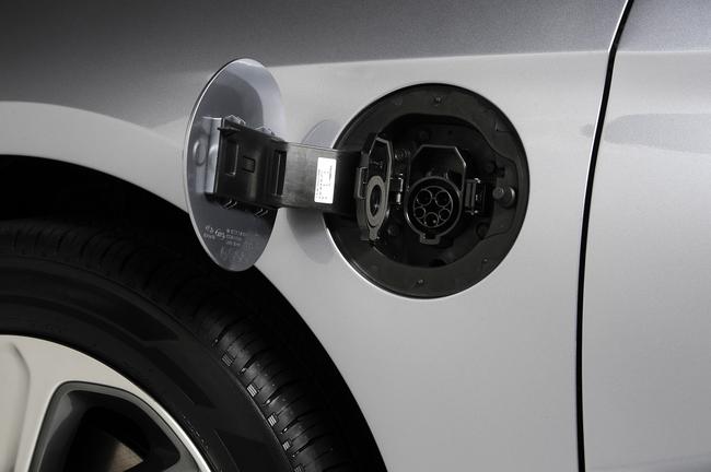 Hyundai Sonata Plug-in Hybrid 2016 07