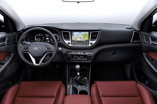 Hyundai Tucson 2015 interior 01
