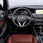 Hyundai Tucson 2015 interior 02