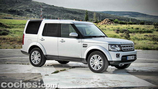 Land_Rover_Discovery_SDV6_HSE_02
