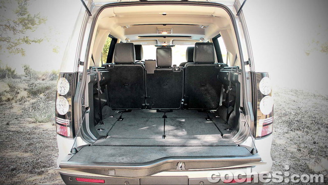 Land_Rover_Discovery_SDV6_HSE_24