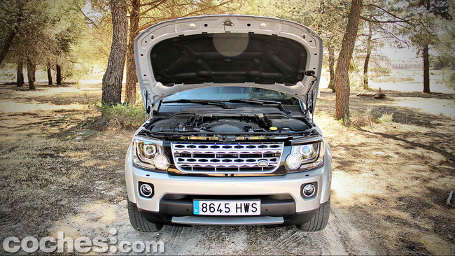 Land_Rover_Discovery_SDV6_HSE_50