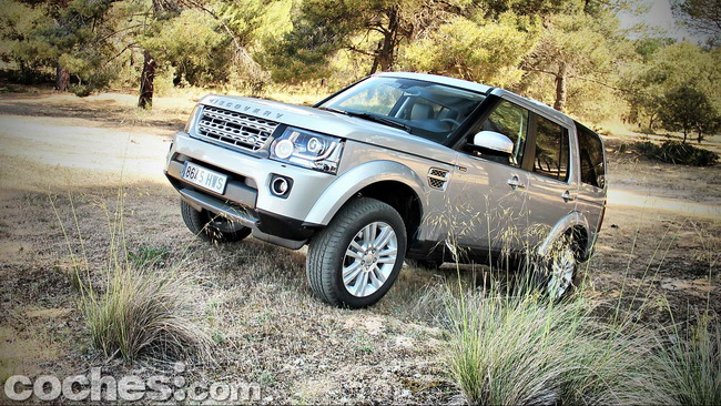 Land_Rover_Discovery_SDV6_HSE_57