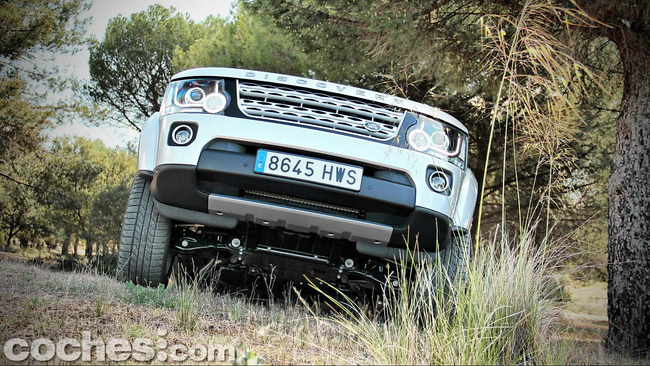 Land_Rover_Discovery_SDV6_HSE_59