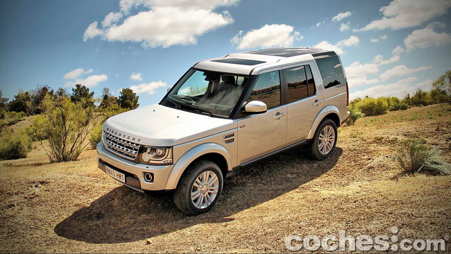 Land_Rover_Discovery_SDV6_HSE_70