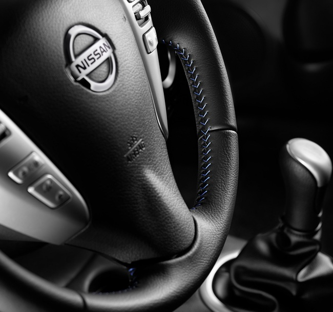 Nissan Note N-Tec 2015 interior 01