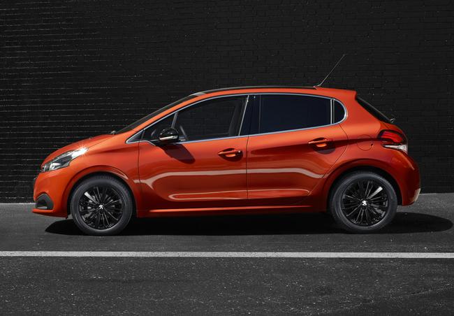 Peugeot 208 2015 12