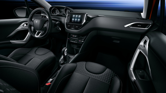 Peugeot 208 2015 interior 01