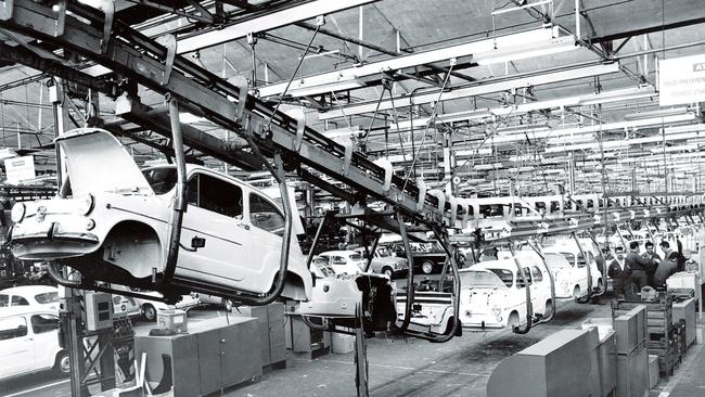 Seat 600 fabrica