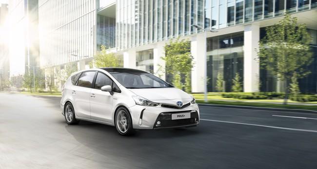 Toyota Prius+ 2015 01