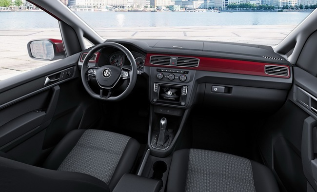 Volkswagen Caddy Combi 2015 interior 03