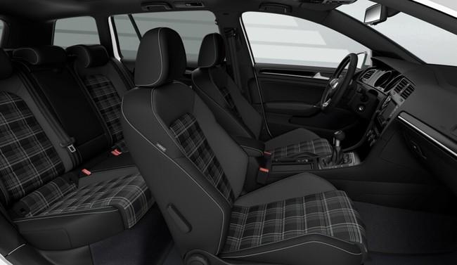 Volkswagen Golf GTD Variant 2015 interior 02