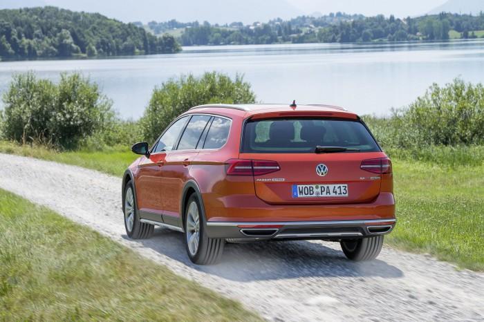 Volkswagen Passat Alltrack 2015 10