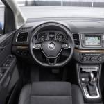 Volkswagen Sharan 2015 interior 01