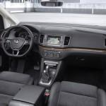 Volkswagen Sharan 2015 interior 03