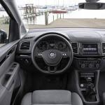 Volkswagen Sharan 2015 interior 04