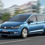 Volkswagen Touran 2015 01