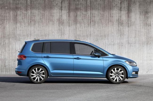 Volkswagen Touran 2015 03