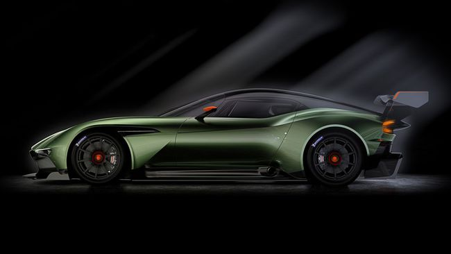 Aston Martin Vulcan 2015 03