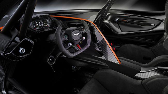 Aston Martin Vulcan 2015 interior 01