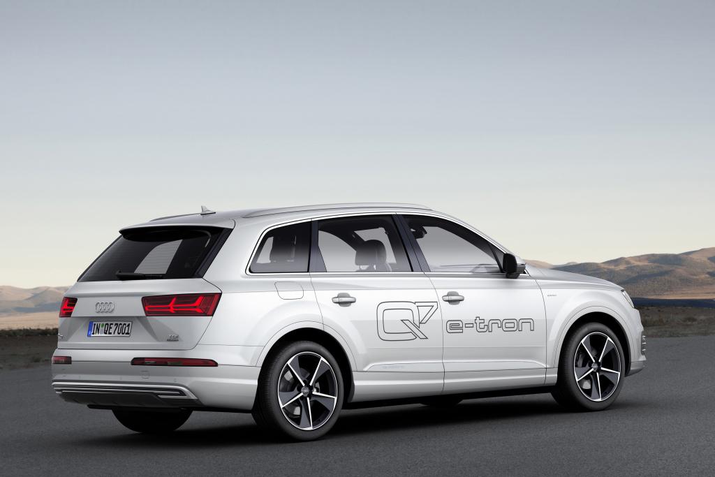 Audi Q7 e-tron 3.0 TDI Quattro 2015 03
