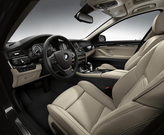 BMW Serie 5 Edicion Sport 2015 interior 01