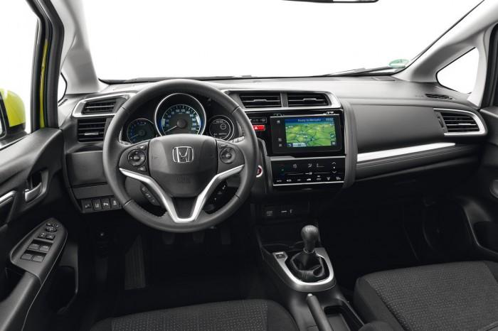 Honda Jazz 2015 interior 04