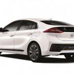 Hyundai Ioniq hybrid 2016 02