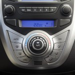 Hyundai ix20 2015 interior 05