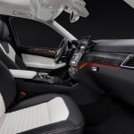 Mercedes GLE 2015 interior 08