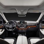 Mercedes GLE 2015 interior 10