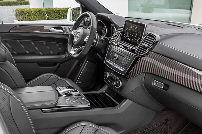 Mercedes GLE 63 AMG 2015 interior 01