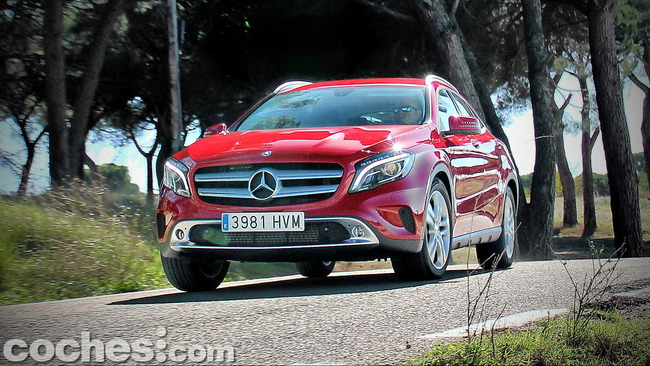 Mercedes_Benz_GLA_080