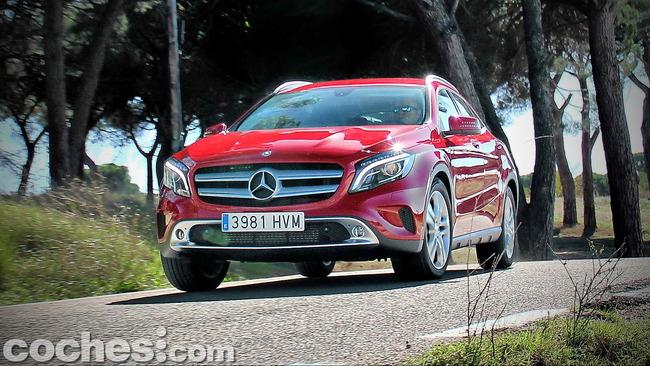 Mercedes_Benz_GLA_080