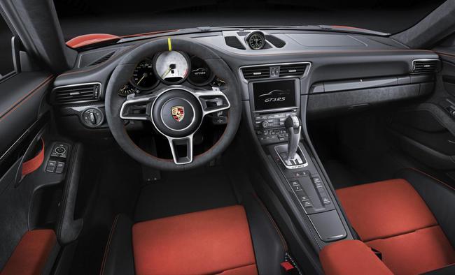 Porsche 911 GT3 RS 2015 interior 01